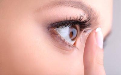 Come applicare e rimuovere le lenti a contatto
